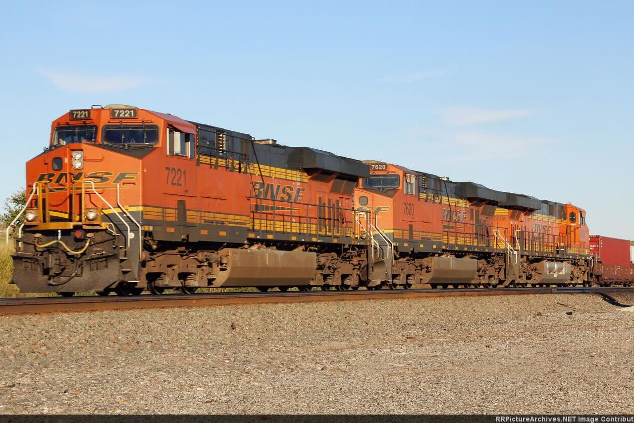 BNSF 7221