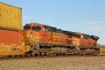 BNSF 4994 DPU for BNSF 7221
