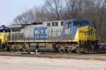 CSX 305 In a power move to a Noethbound
