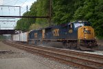 CSX SD70AC 4579 leads Q417-15