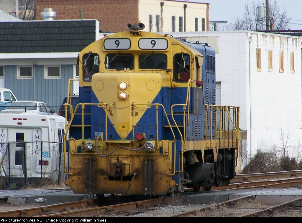 BB 9 after interchanging with Norfolk Southern