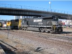 Norfolk Southern D9-40 CW no. 9337 and Union Pacific SD70M no. 4649