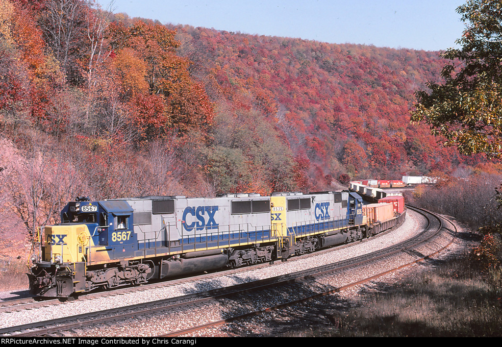 CSXT 8567 & 8535
