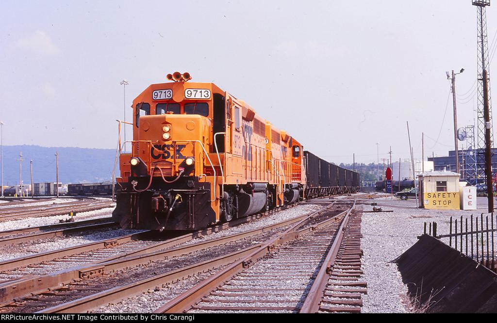 CSXT 9713 on W052-05
