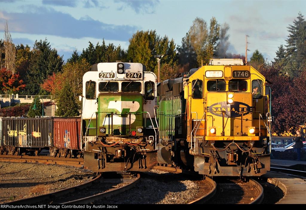 BNSF 2747 & 1746