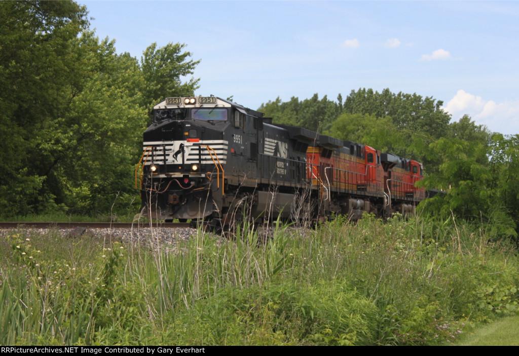 NS 9951, BNSF 5639 & BNSF 7635