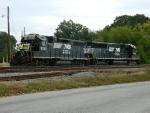 NS 5556(GP38-2) 6340(SD40E)