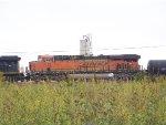 BNSF ES44C4 7123