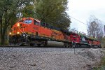 BNSF 6005 Leads a FXE Ace Nb.