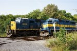 CSX 8735 and Hlcx 4212