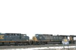 CSX 725 and 482