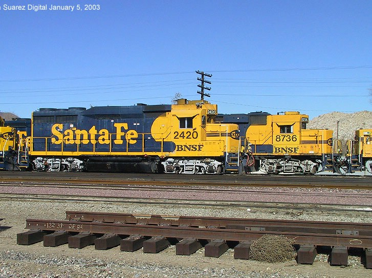 BNSF 2420