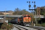BNSF 5163 at Vine interlocking