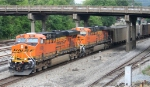 BNSF 5831 on the point of train NS 739