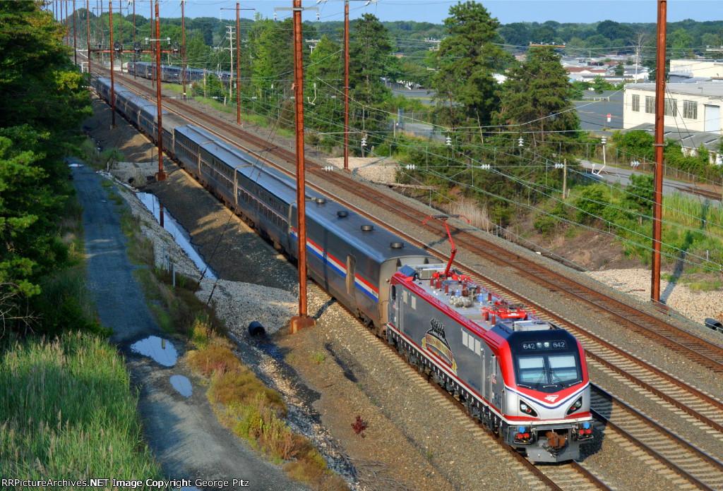 Amtrak Veteran ACS-64 642