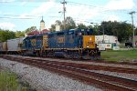 CSX 2000 on Coming off the River Branch