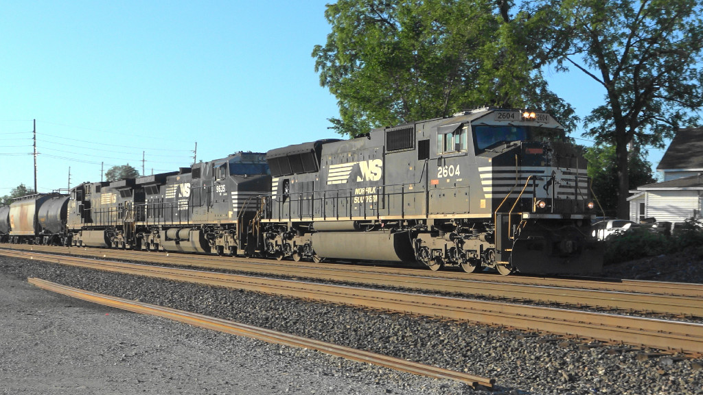 Northbound coming off the Marion Branch