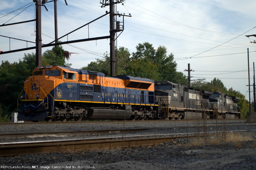 """NS SD70ACe 1071 """"CNJ"""" in Morrisville"""