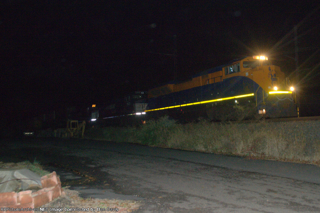 """NS SD70ACe 1071 """"CNJ"""" leads 20Q"""