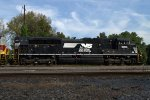 NS SD70ACe 1003 trailing behind the DLW Heritage