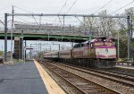 MBTA 1065 pushes an inbound towards South Station