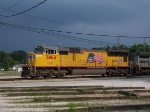 UP 3864 heads north with one of 3 DASH8-40C in CSX Grey as the second unit.