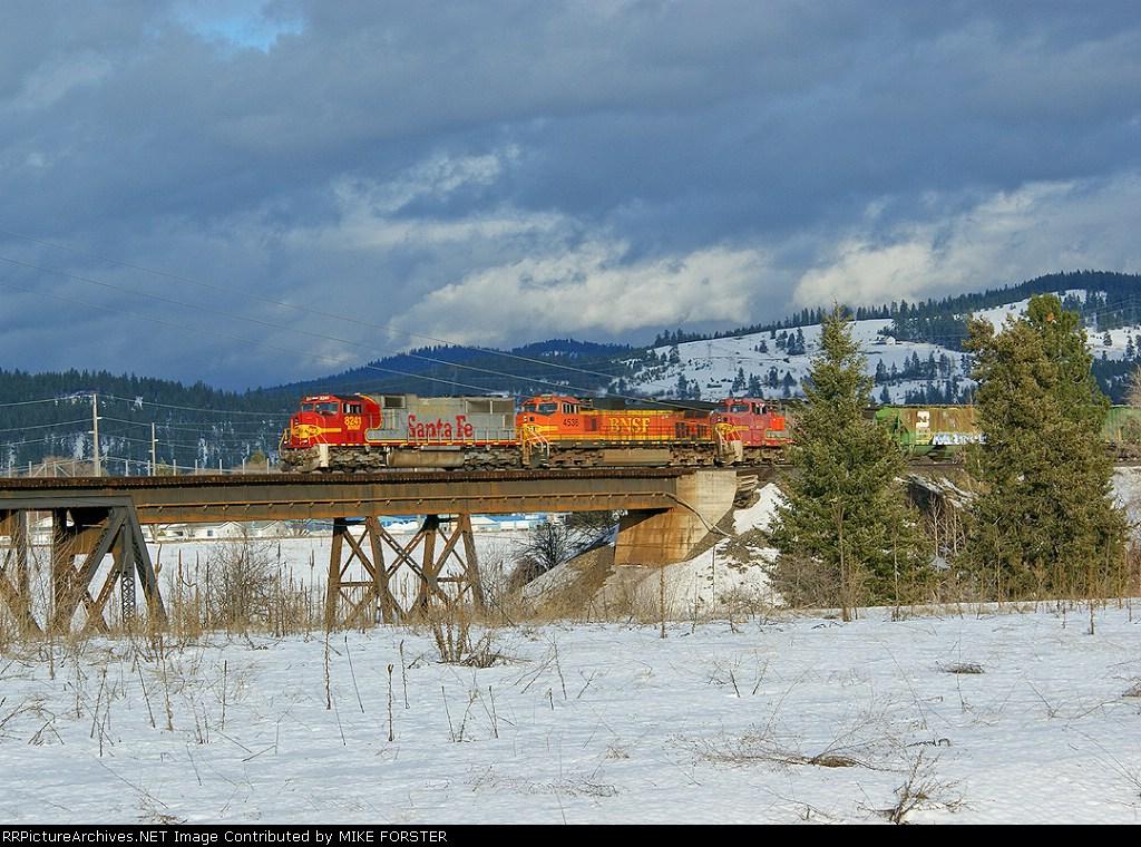 BNSF 8241
