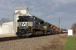 NS 1025, 1000 & 1071 lead oil loads east across rural Illinois