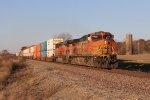 BNSF 4194 & 7270 make track speed eastward with Z-SSECHC
