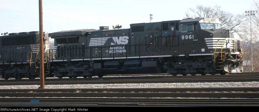 NS 9961 at head of SMEX coal train,