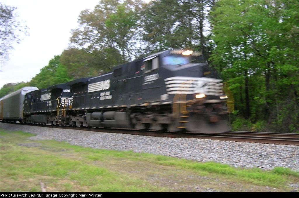 NS 9550 and NS 9126 NB at Old Hixson Pike,