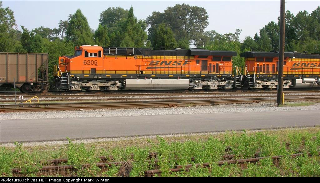 BNSF 6205 idling in yard,