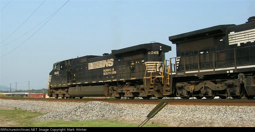 NS 9045 on main, heading for yard