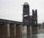 Norfolk Southern lift bridge over Tennessee River