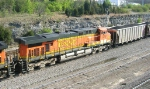 BNSF 5731, in no. 2 position behind BNSF 5606,