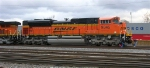 BNSF 9345 gets a new crew