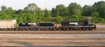 NS 2384 and NS 962 working the yard