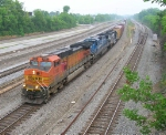BNSF 5195 leading SB on mainline,