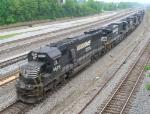 NS 6629 leads SB train into yard
