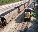 CSX 8605 leading stack train
