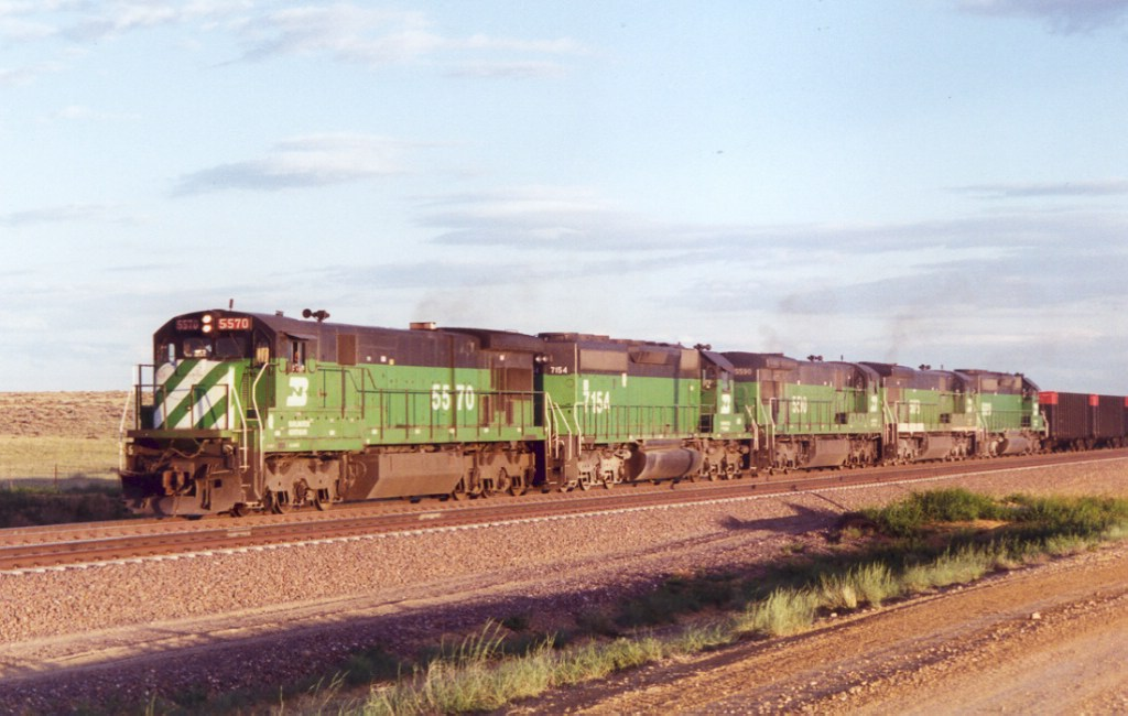 BN mix of EMD and GE power near Bill, Wyoming