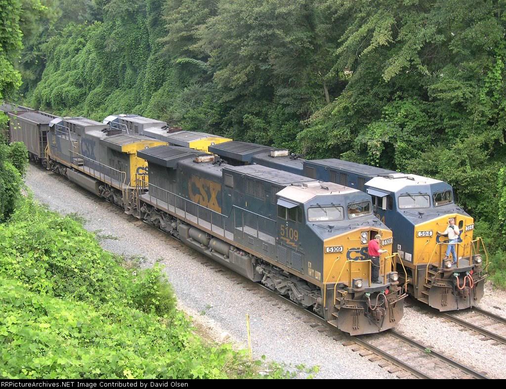 CSX 5109 and CSX 594