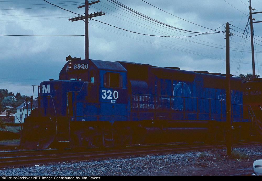 B&M 320