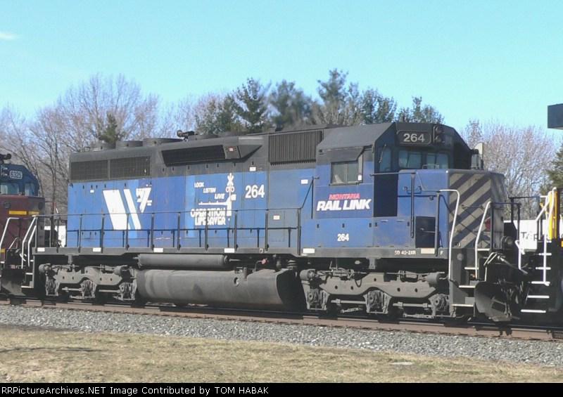 MRL 264 on CSX Q381