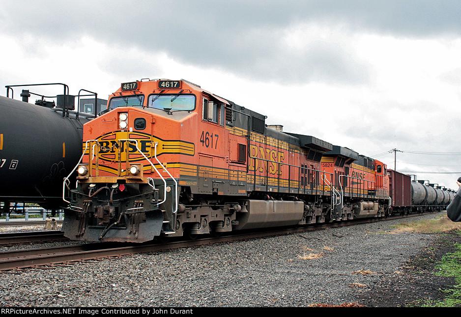 BNSF 4617 on K-038