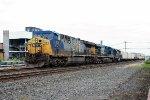 CSX 611 on Q-010