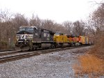 NS 9900, UP 9366, and BNSF 7548
