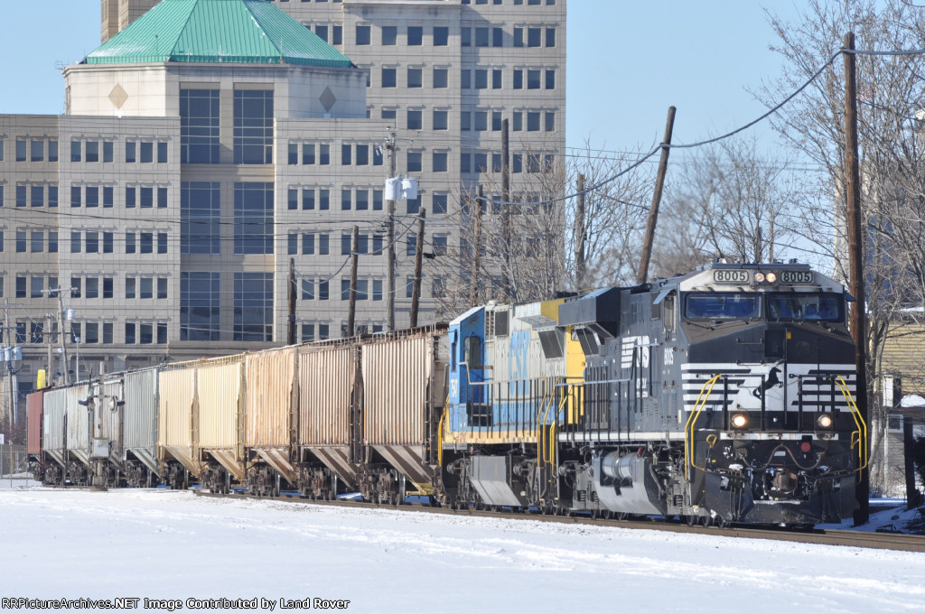NS 8005 On CSX G 177- 23 Eastbound