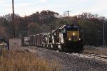 CSX 8130 leads Q335-13 west toward Track 1 at Seymour