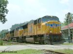 UP 5005 pulling CSX freight
